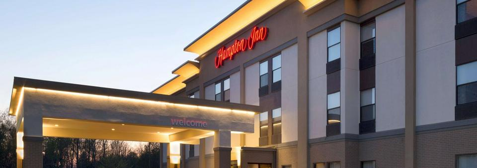 Hampton Inn Ontario Mansfield Featured Image