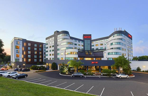 Minneapolis Marriott West Featured Image