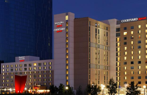 Fairfield Inn & Suites Indianapolis Downtown Featured Image