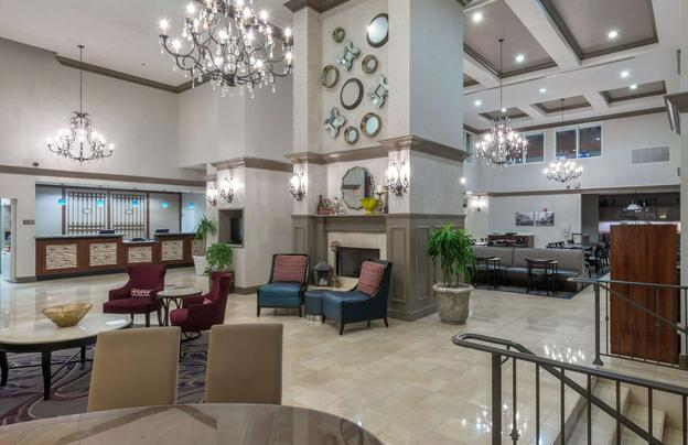 Homewood suites new orleans near mercedes benz superdome for Hotels by mercedes benz superdome
