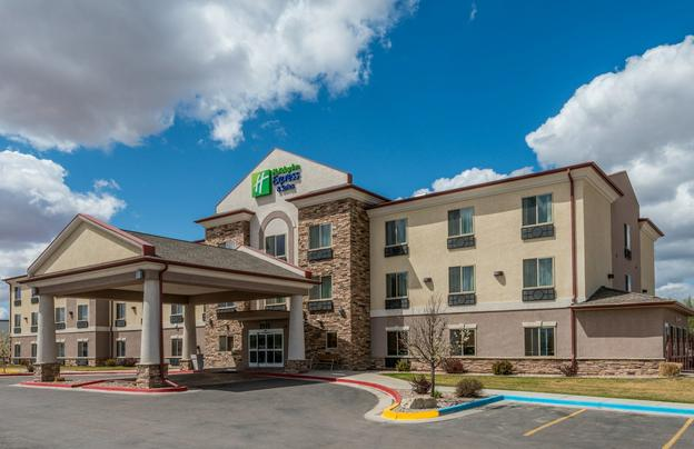 Holiday Inn Express Vernal-Dinosaurland Featured Image