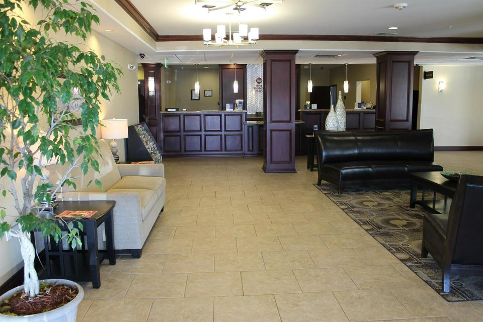 Best Western Plus Chalmette Hotel Save For Later