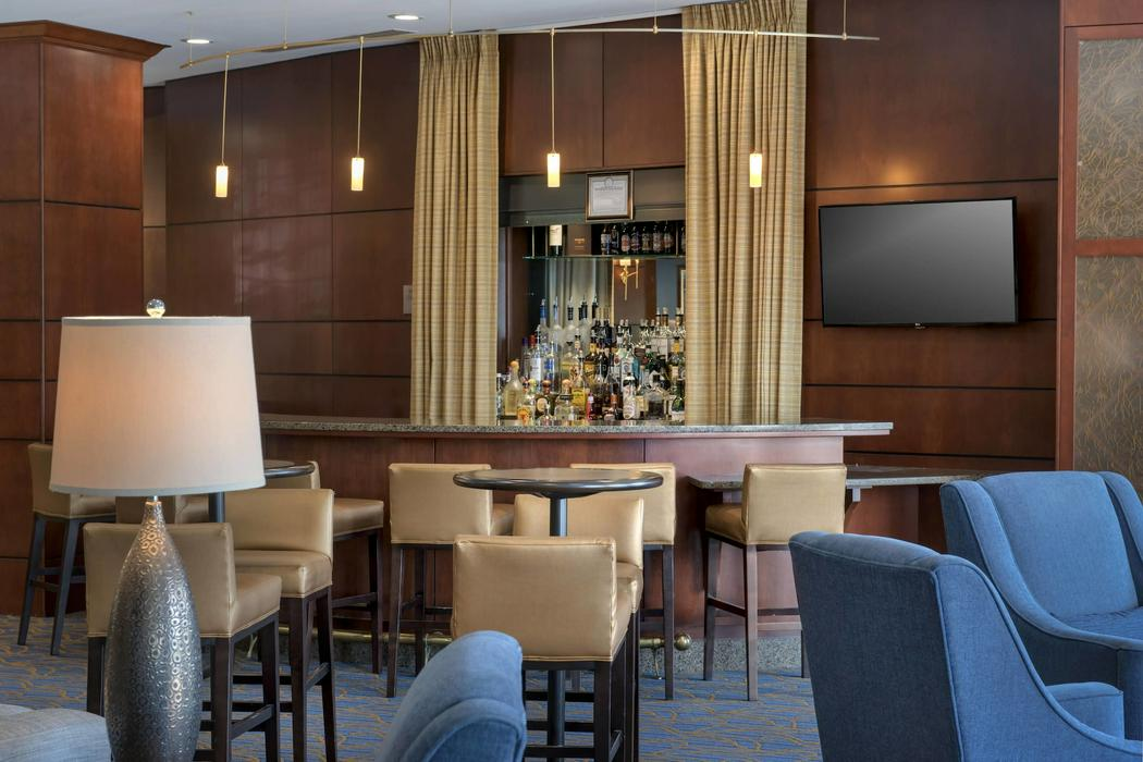 Courtyard by marriott saratoga springs for Saratoga springs hotels ny